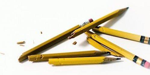 potlood-kauwen tekstschrijvers-blok