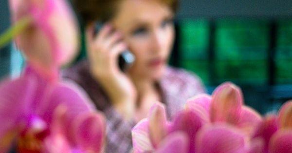 Telefonisch contact met tekstschrijver Sabien